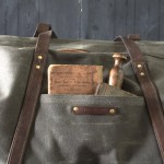 peg-and-awl-weekender-bag-moss-3