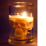 white-skull-candle-3